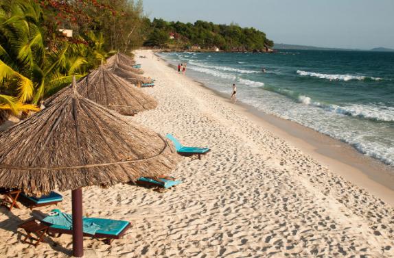 Пляжный отдых в Камбодже // Пляж в Сиануквиле
