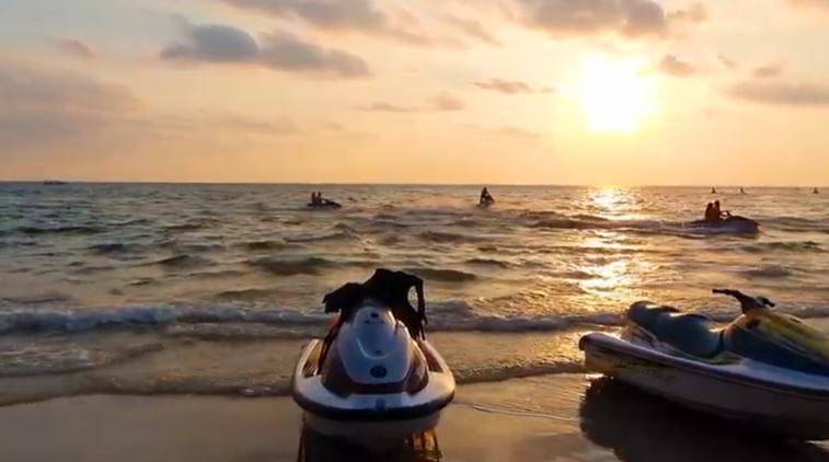 Driving to Ochheuteal Beach - Sihanoukville | Cambodia 2021