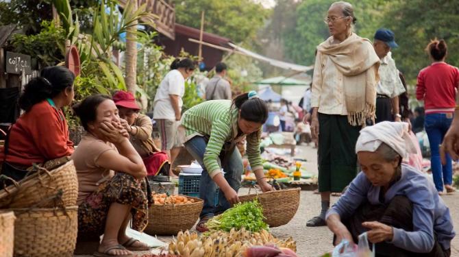 Украинская журналистка рассказала о необычных профессиях в Камбодже