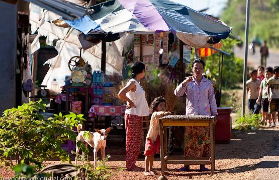 В Камбодже запретили перемещаться по стране из-за COVID-19