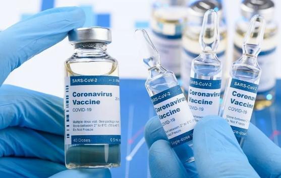 Жители Таиланда смогут записаться на вакцинацию от коронавируса с 1 мая