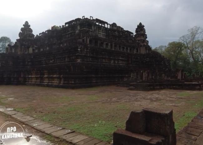 Пирамида в Ангкоре - храм Бапхуон. Камбоджа видео. Экскурсия на диване.