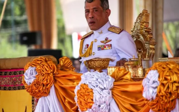 Король Таиланда в свой день рождения помиловал 200 тысяч заключённых