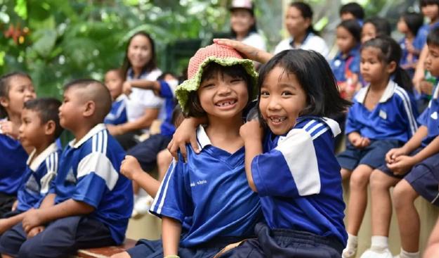 В Таиланде родители и дети не надеются на открытие школ и детских садов в этом году