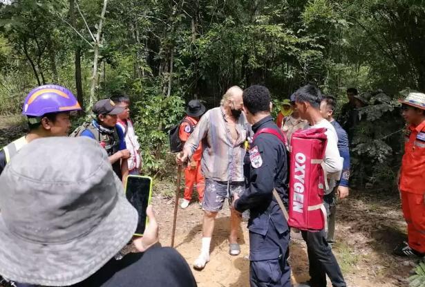Британец заблудился  в лесу и был найден