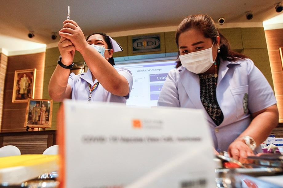 В Таиланде предложат платные прививки от COVID-19