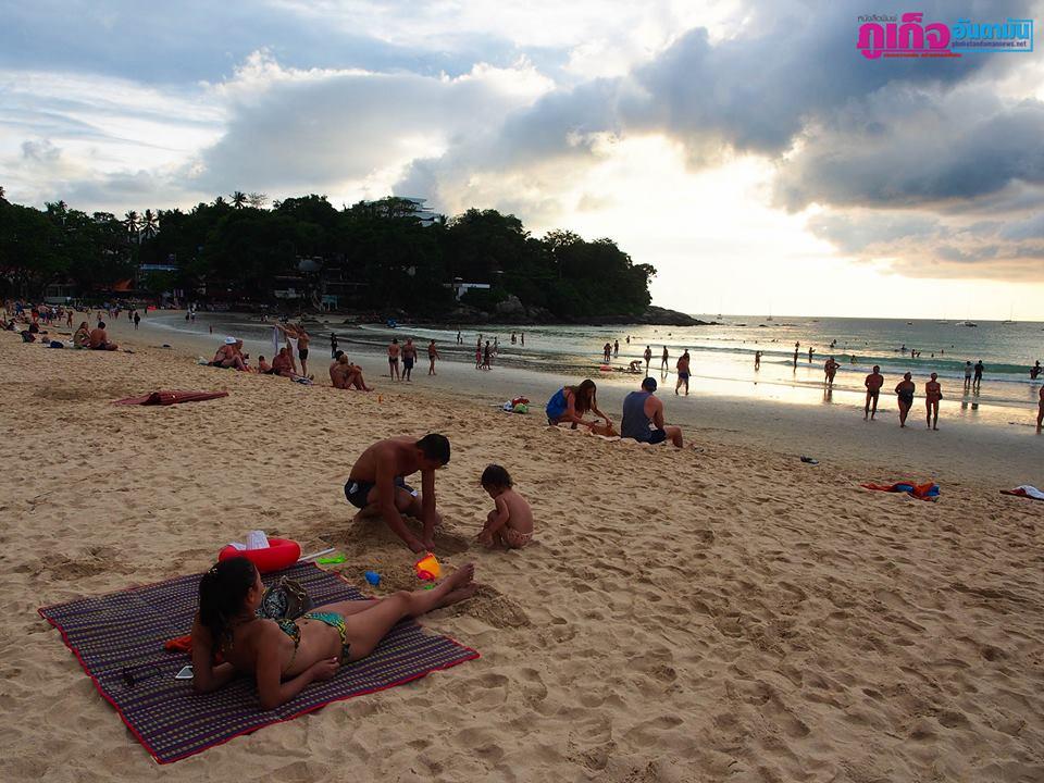 Красочный закат на Ката Ной (Kata Noi Beach) 3 декабря 2017