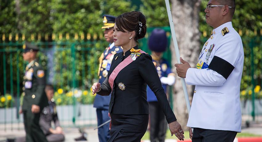 Принцесса Таиланда не станет премьером из уважения к королю