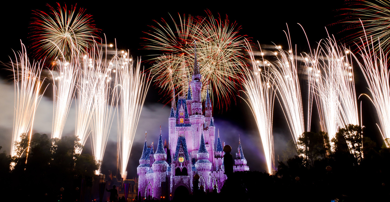 Мировой тур. Россияне встретят Новый год в 95 странах
