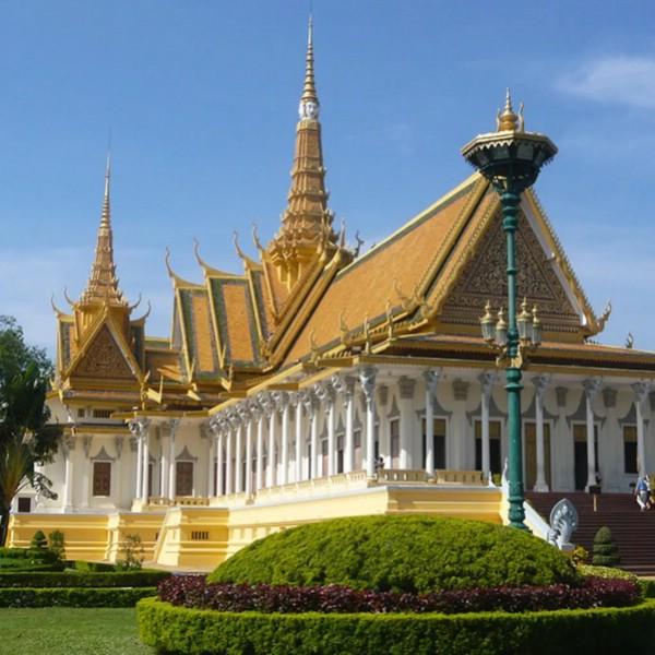 Камбоджа отложила повышение цен на музейные билеты