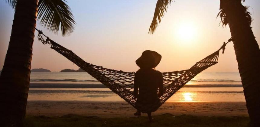 Таиланд будет привлекать одиноких туристов через Tinder