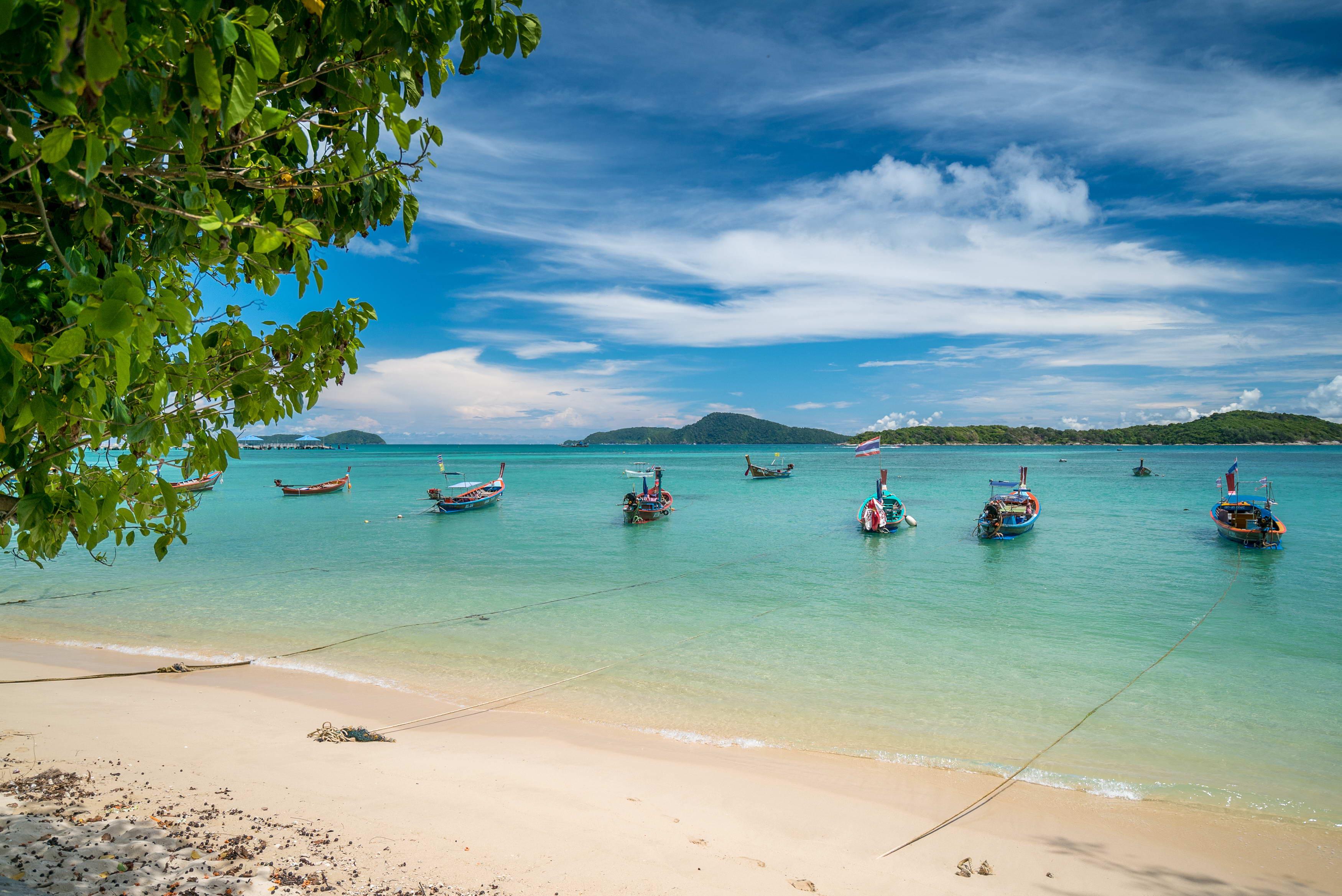 СМИ: Таиланд не откроет границы для иностранных туристов ранее 2021 года