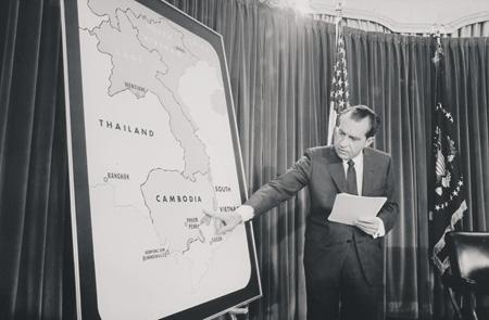 Камбоджа отказывается платить долг США