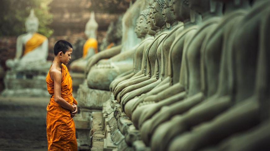 Улыбка, молитва, чистая голова: особенности тайской культуры