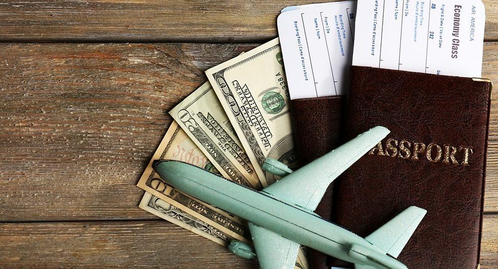 Иностранным туристам не нужно носить с собой документ удостоверяющий личность