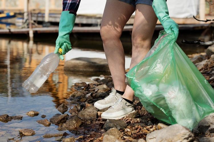 Таиланд перешел на 10 место в мире по объему пластикового мусора в море