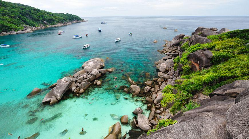 На Симиланских островах запретили туры с ночевкой