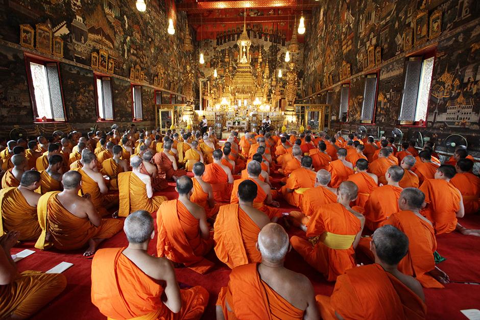 Асаха Пуджа и Кхао Пханса в Таиланде