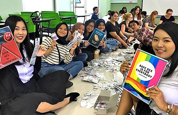 Тайские студенты поддержали программу безопасного секса
