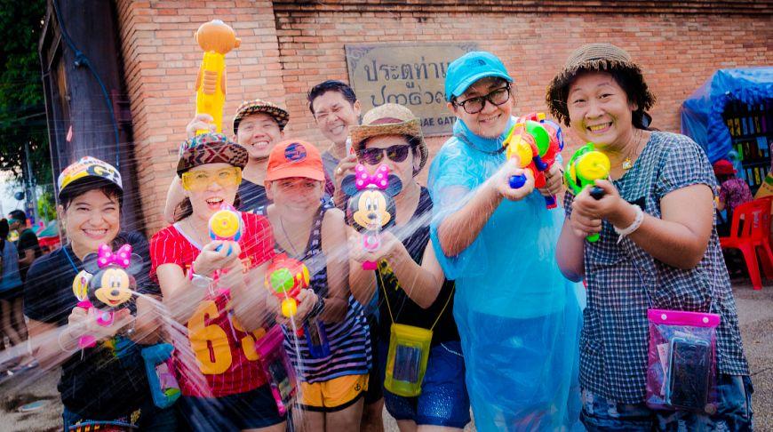 Замочи ближнего своего: где и как отмечать праздник Сонгкран в Таиланде