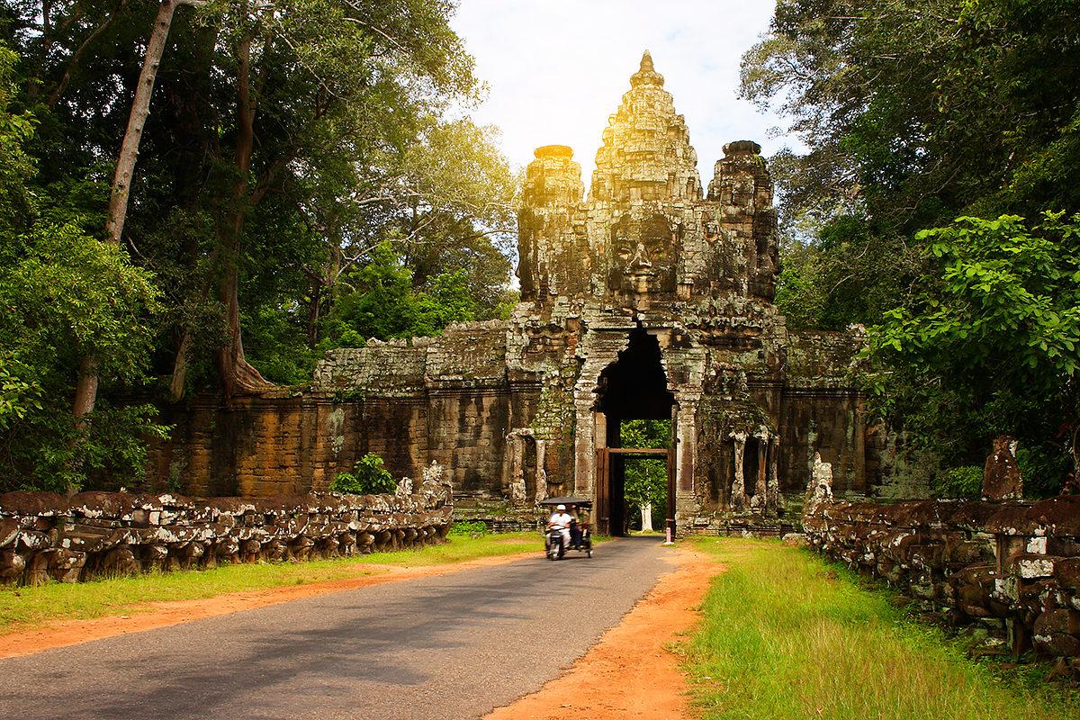 В Камбодже выявили восемь локальных случаев заражения коронавирусом