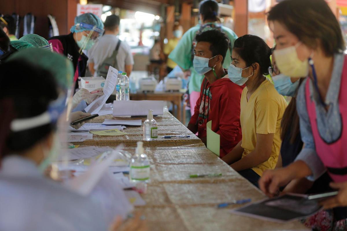 Премьер-министр Таиланда предупреждает о блокировке