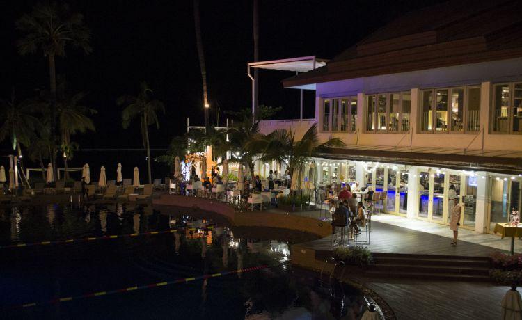 «Виски и сигары», событие из разряда «посетить обязательно» состоялось 12 мая в Pullman Pattaya Hotel G. Сопровождением легендарного алкоголя на вечеринке в Pullman Pattaya Hotel G стали нежные и изысканные блюда из бангкокского ресторана «Сабрина»