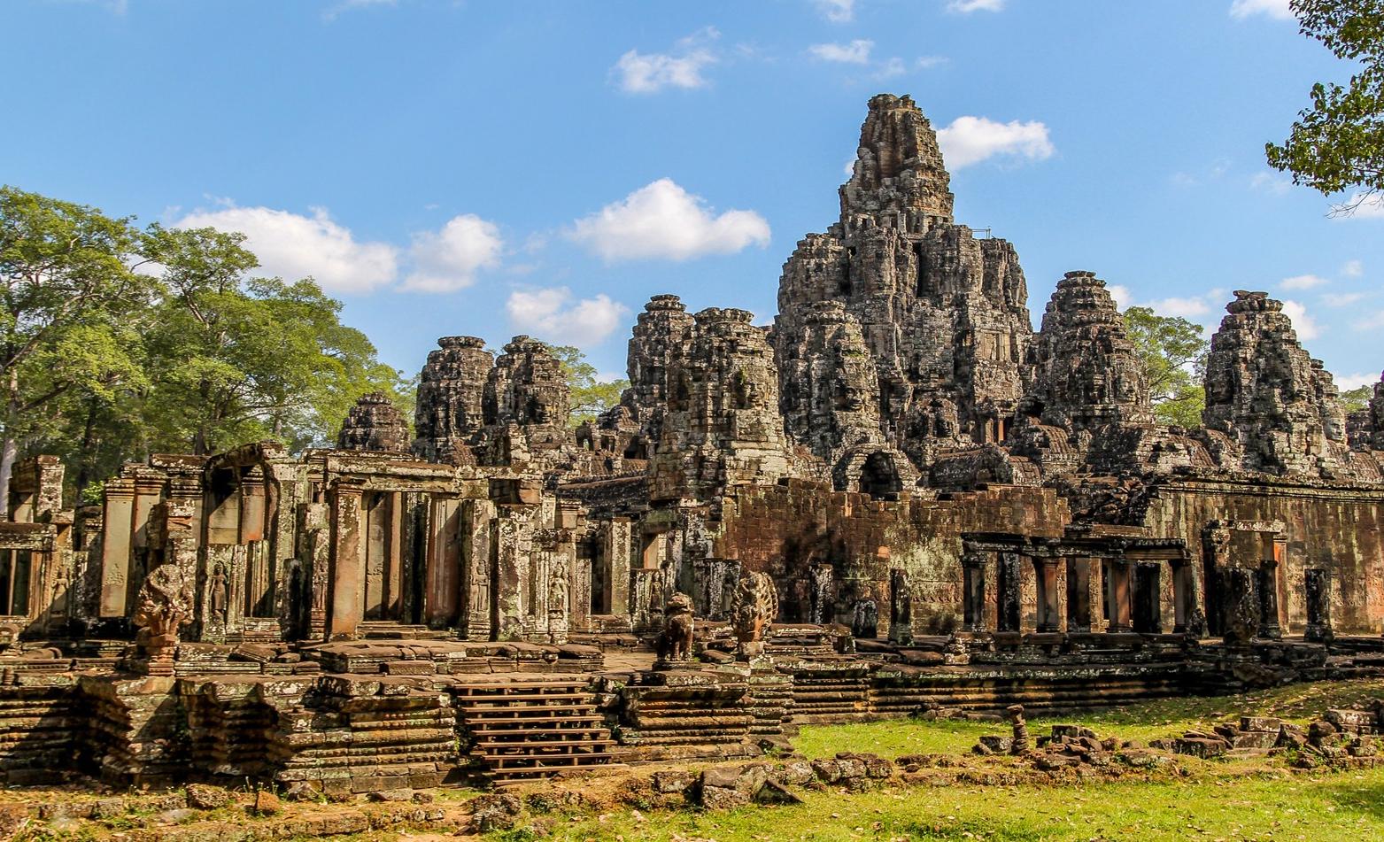 Популярность Камбоджи среди китайских туристов взлетела почти на 76%