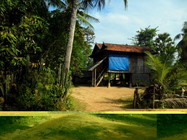 Что недопустимо в кхмерской деревне