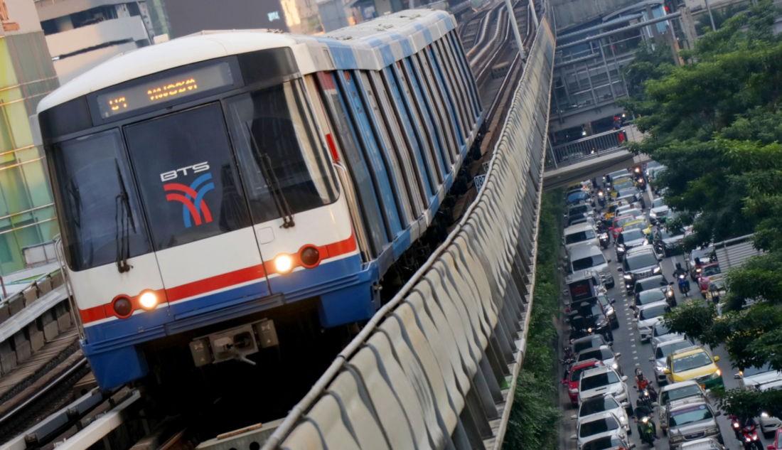 Министр транспорта предлагает установить единый тариф в размере 15 батов на поезда BTS Skytrain