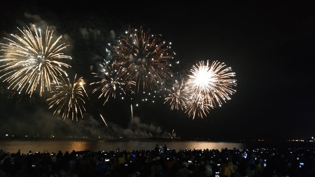 Международный фестиваль фейерверков Marvel прошёл в Паттайе