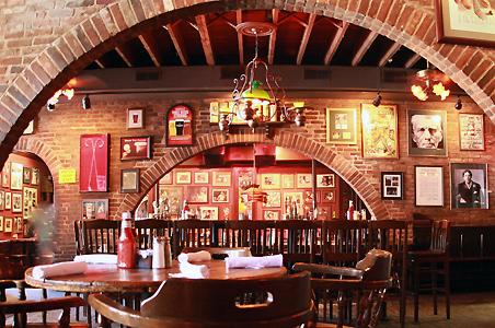 Пятерка лучших баров Лос-Анджелеса, плюс бонус!