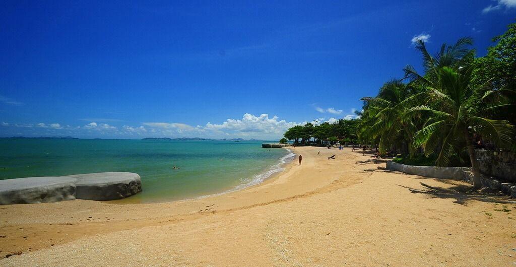 Самые популярные пляжи Паттайи – как не оказаться на гей-пляже?