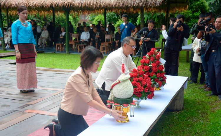 18 июля в состоялись памятные торжества и мемориальные церемонии в дань уважения и памяти Её Высочеству Шринагаринде, маме покойного Короля Пумипона Адульядета