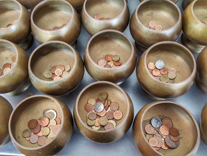 Буддийские храмы на тайских монетах