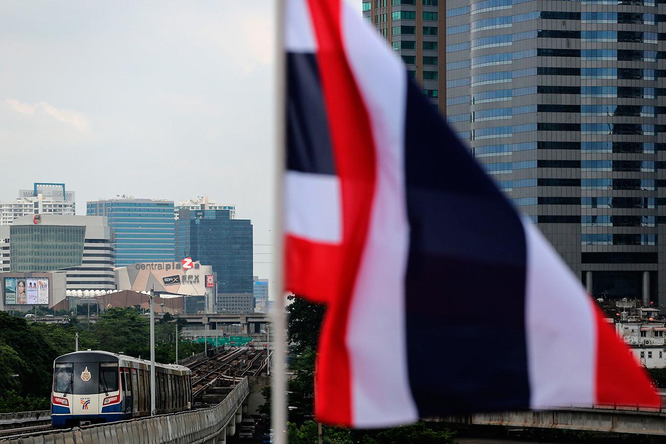 Таиланд вводит 4-х летнюю профессиональную визу, не требующую разрешения на работу
