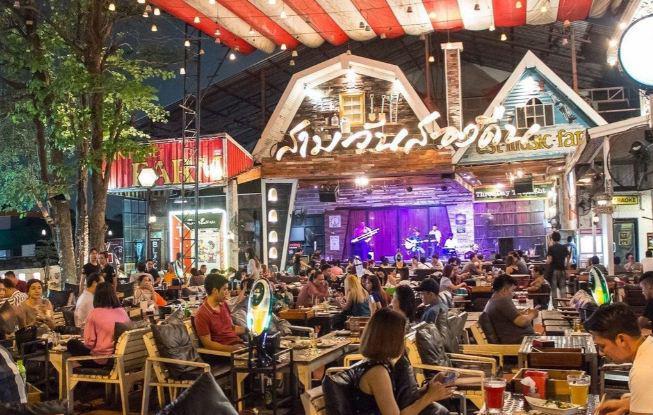 Управление по туризму Таиланда обещает отказаться от двойного ценообразования для экспатов