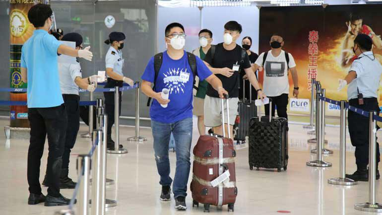 Вторая партия китайских туристов STV и бизнесменов прибыла в Бангкок