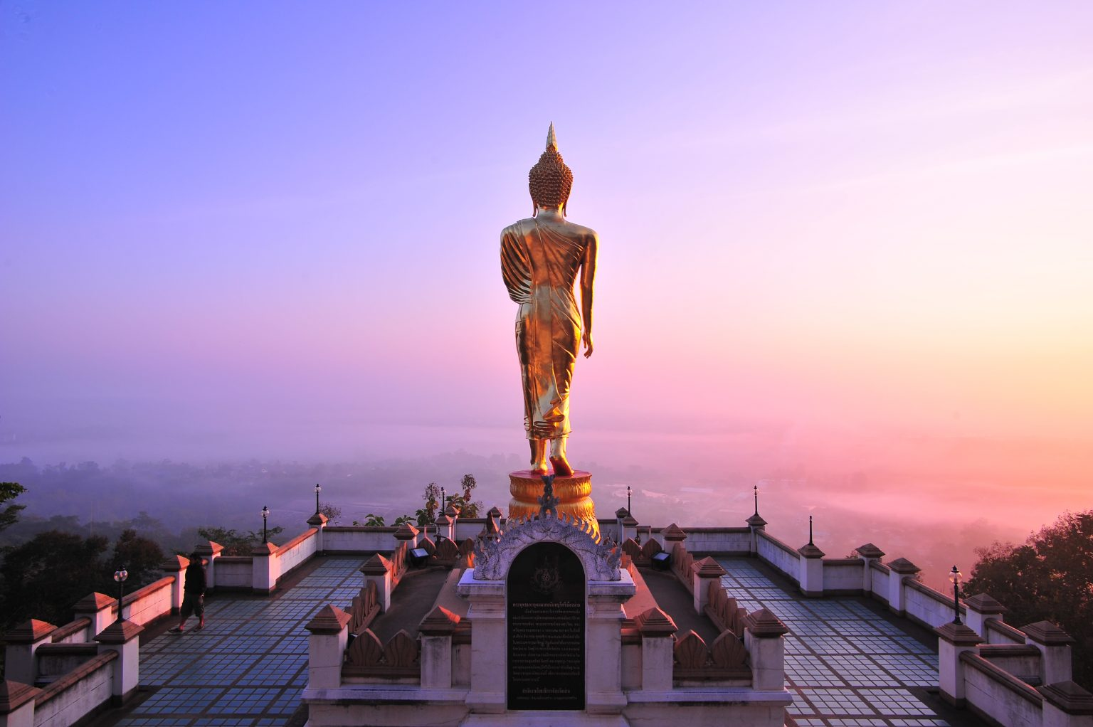 Землетрясение в Таиланде повредило 500-летний храм