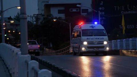 СМИ: восемь человек погибли при столкновении автобуса с грузовиком в Таиланде