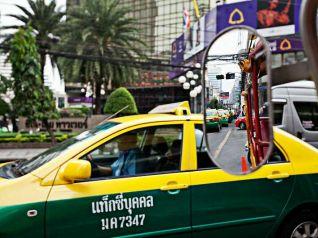 """Таиланд запускает приложение """"Taxi Ok"""", но таксистам совсем не ОК"""