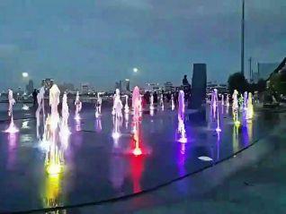 Новая достопримечательность Паттайи - танцующий фонтан