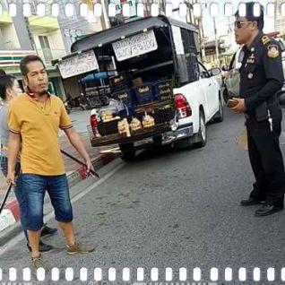 Продавец-самурай с мечом накинулся на полицейского в Паттайе