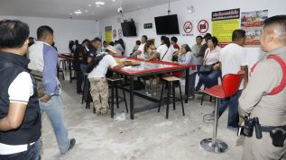 На Пхукете полиция арестовала 49 человек во время двух облав на одно и то же казино