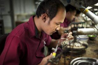 Ювелирный бренд Pandora сокращает 218 рабочих мест в Таиланде