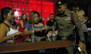 Полиция Паттайи не заметила проституток на Волкин-стрит