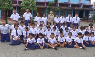 В одной из школ Транга учатся сразу 20 пар близнецов!