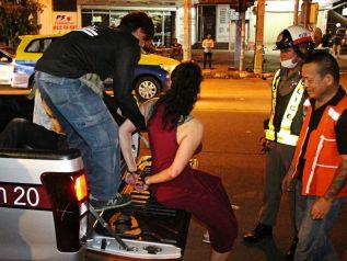 Пьяные русские туристы избили индийцев в Паттайе