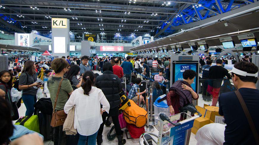 Иммиграционная служба призвала приезжать в аэропорты заранее в период Сонгкрана