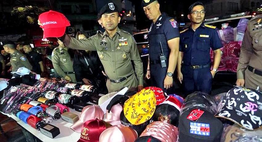 В Бангкоке конфисковали поддельную косметику на 300 миллионов бат